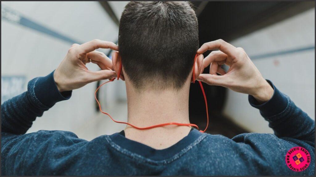 smart uses of earphone